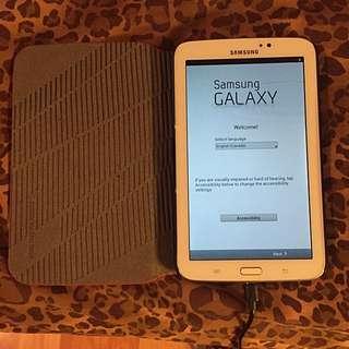 White Galaxy Tab 3 (8gb)