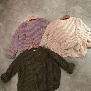 :::basic粗針織純色寬鬆毛衣::;