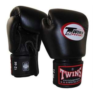 Twins Special Boxing Gloves 12oz (Bla