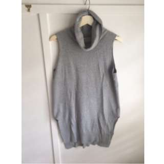 Grey Turtleneck knitted sweater - size 10-12