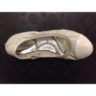 Light grey ballet flats