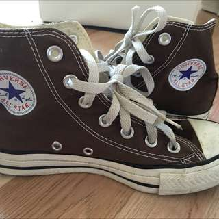 Brown Converse Classic Chuck Taylor 37