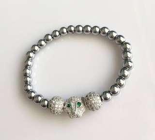 Lucky stone Bracelete
