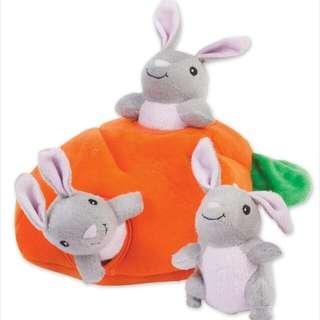 ZippyPaws Burrows - Bunny/Carrot