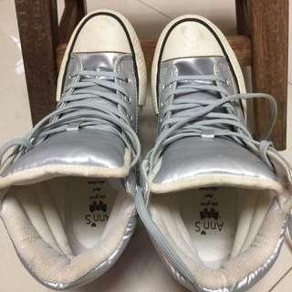 高筒鞋38號
