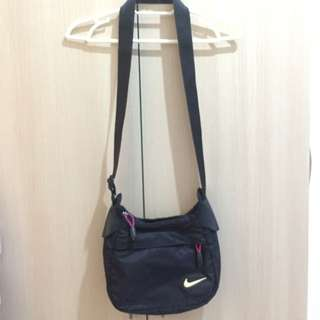 Reserved-Nike Ladies Sling Bag