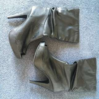 Black Leather Stiletto Boots