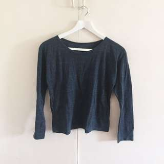 Gray Top (Long Sleeves) | Item 005