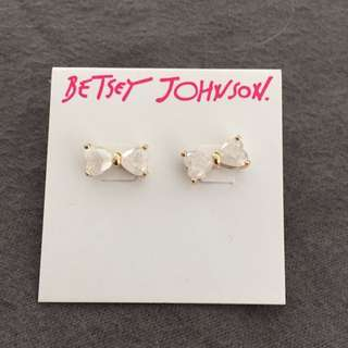 Bestey Johnson's Bow Earrings