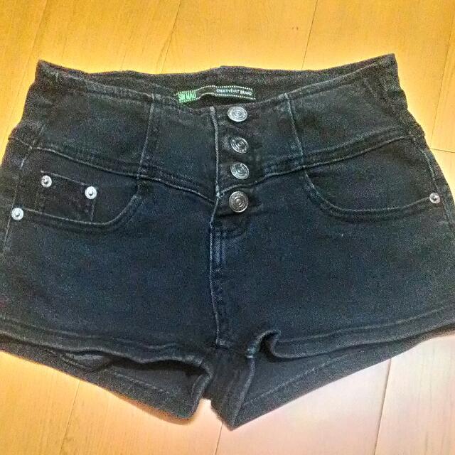 黑色高腰牛仔褲