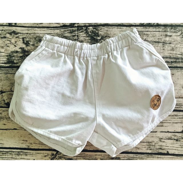 白色鬆緊休閒牛仔短褲💕