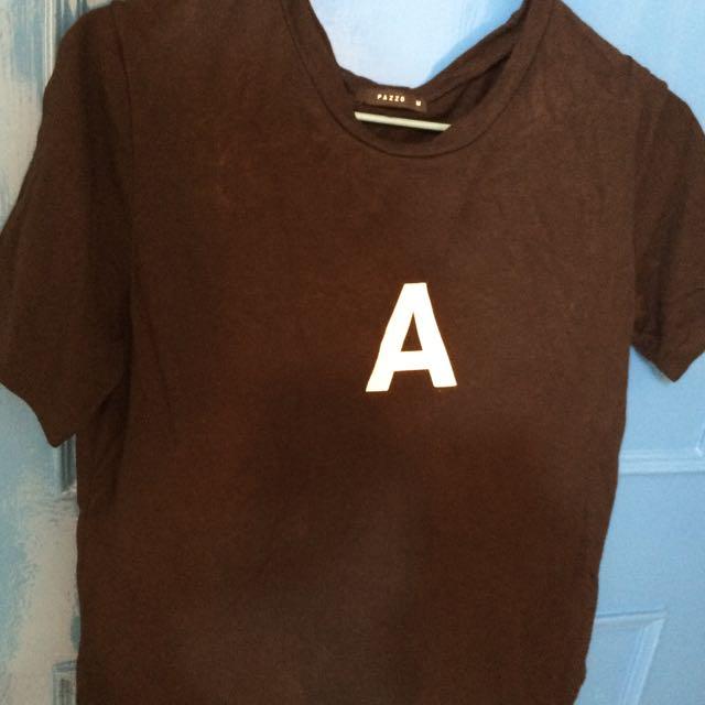 🚀黑色字母A 上衣