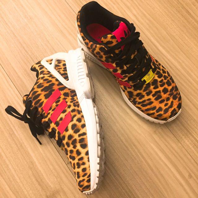 Adidas愛迪達 豹紋慢跑鞋