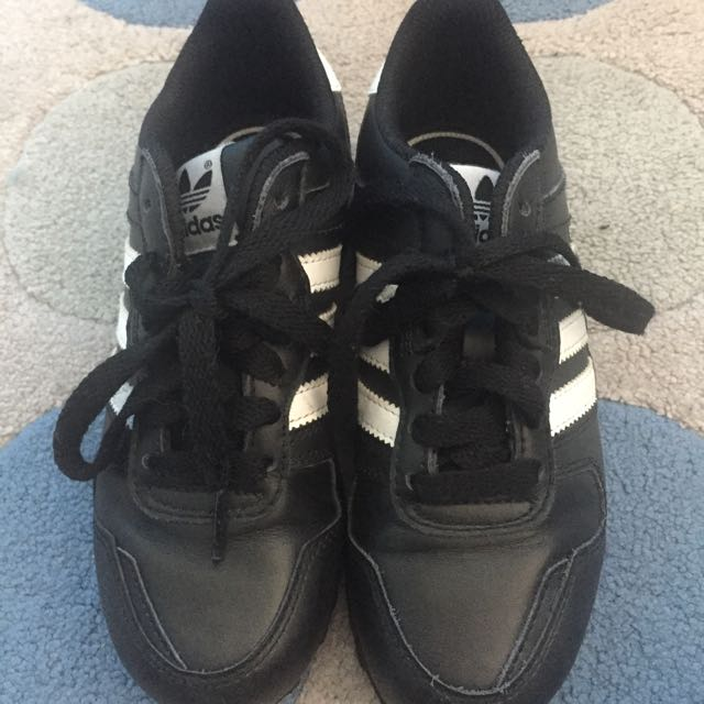 Adidas Sneakers Size 13 Child