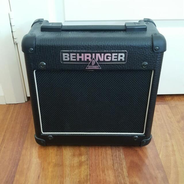 Behringer 15-watt Guitar Amp