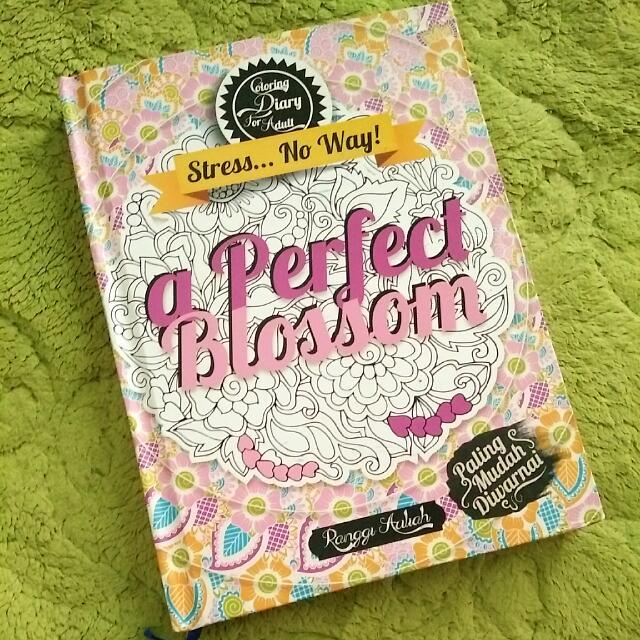 Buku Mewaranai Colouring book stress relief