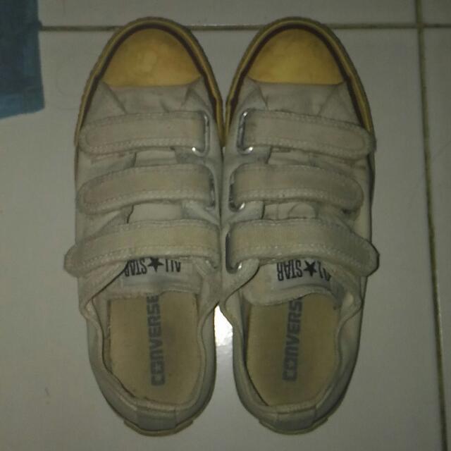 Canvas Shoes - Converse