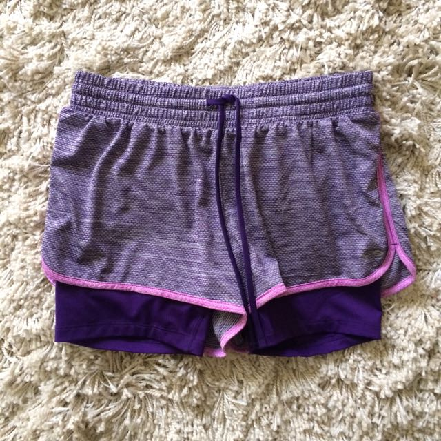 Champion Women's Shorts With Compression
