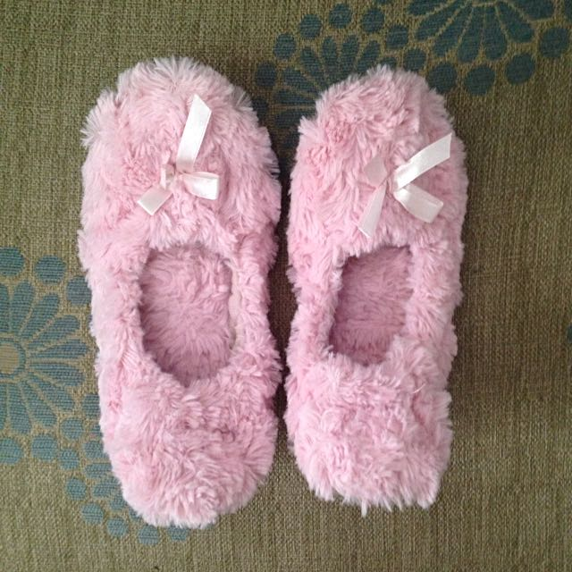 Forever 21 Bedroom Slippers