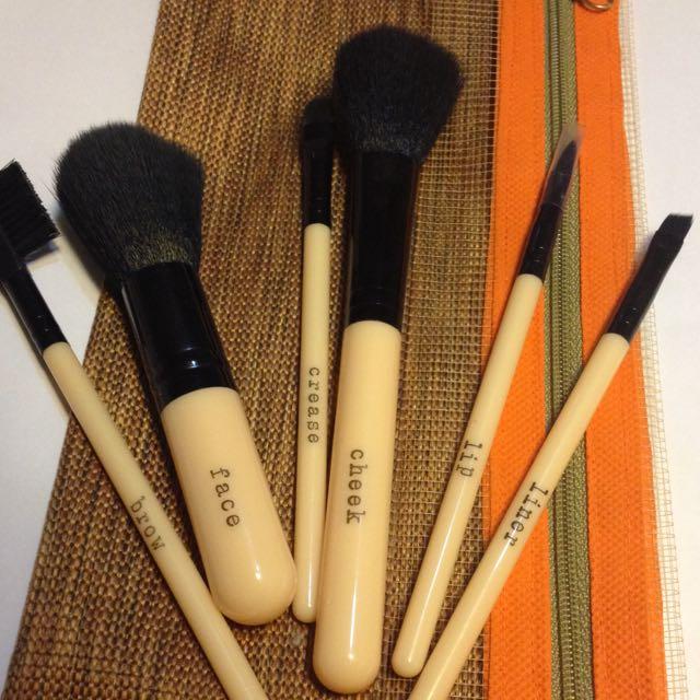 Forever 21 Make-up Brush Set