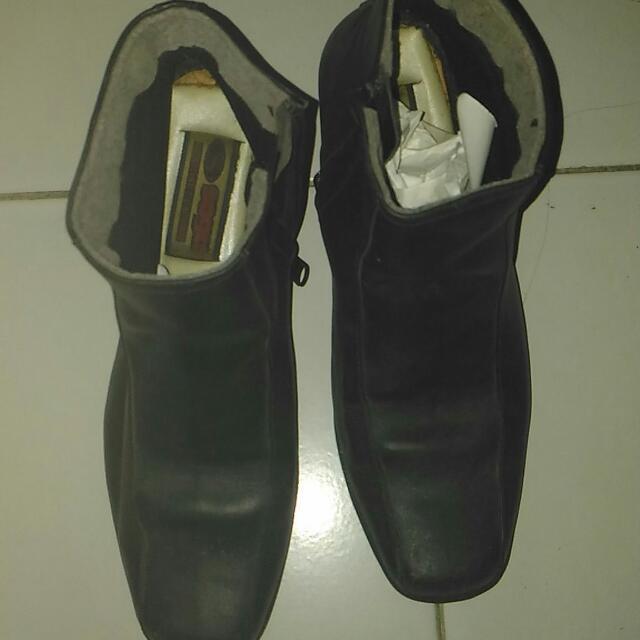 Genuine Leather Shoes - Saga