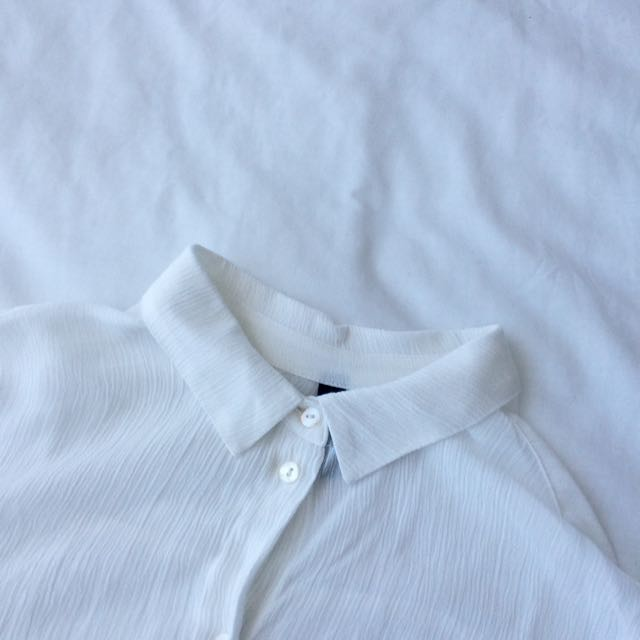 H&M Cropped Shirt
