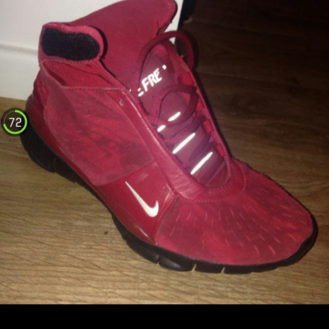 Ladies Nike Runners