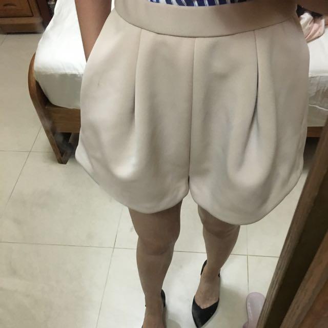 日本專櫃品牌lagunamoon杏色短褲s 日本製