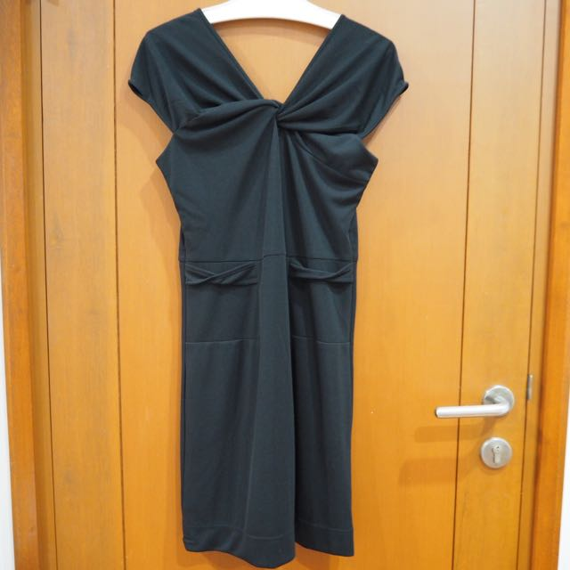 Leaf Black Sabrina Dress