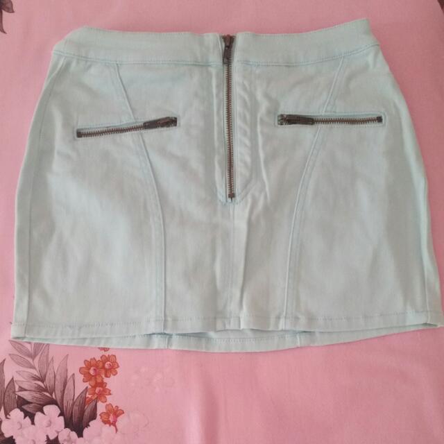 Mint Mini Skirt With Pockets. Kenji. Size 8-10