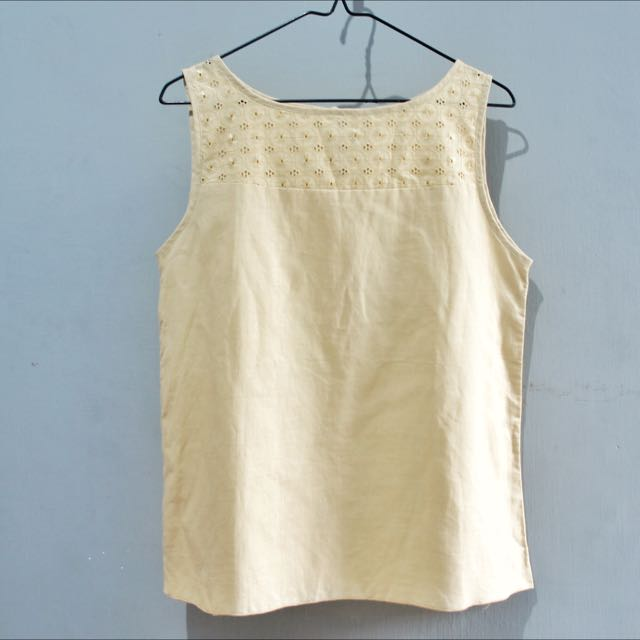 (NEW) Sleeveless Top In Beige