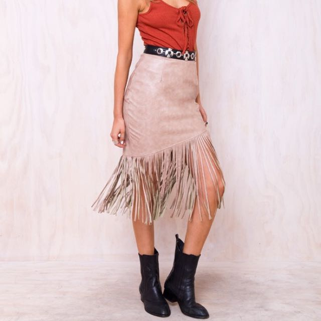 Princess Polly Camel Tassel Skirt Size S