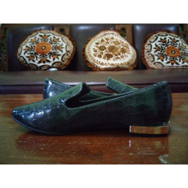 Sepatu The Executive