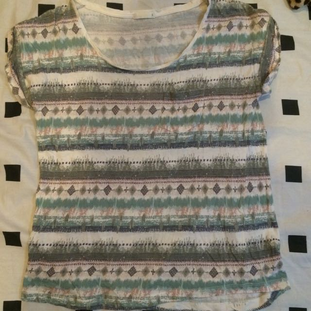 Uniqlo tribal T-shirt