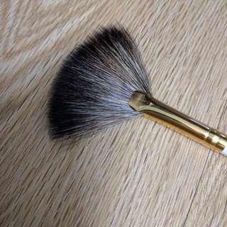 Make-up Finish Powder Brush