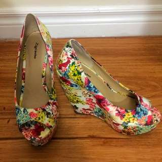 SALE!!!!Floral Wedges