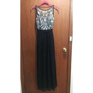 $250 Gatsby-Themed Prom Dress Only $70