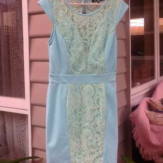 PARADISCO Pastel Green Dress. Size 8