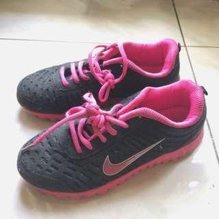 Repricee! Sepatu Nike Max Air For Women