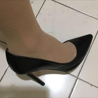 Zara Basic Black Heels