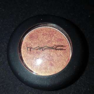 MAC Eye Shadow Expensive Pink
