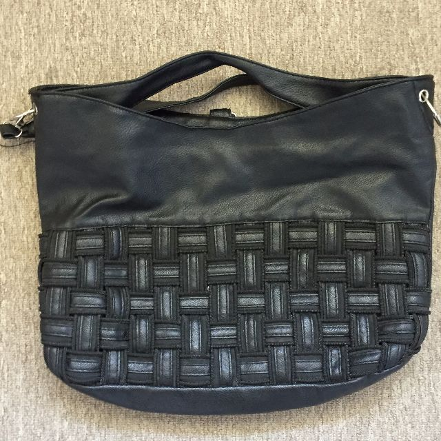 Black sequence hand bag