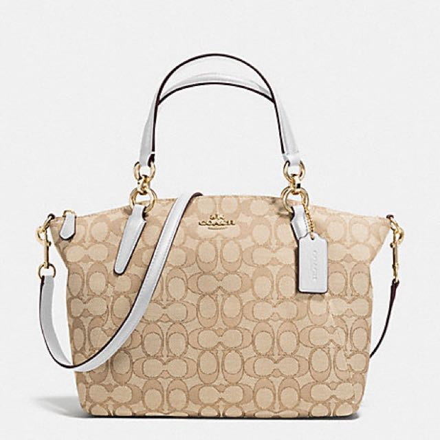 Coach Kelsey Small in alight Khaki Signature (Authentic)