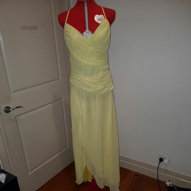 Formal Dress - Size 14