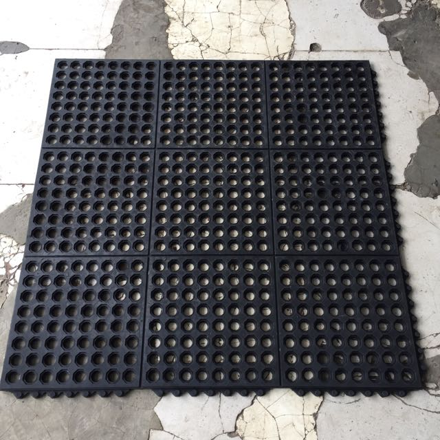 Karpet Keset Karet Anti Slip Kamar Mandi 90x90cm
