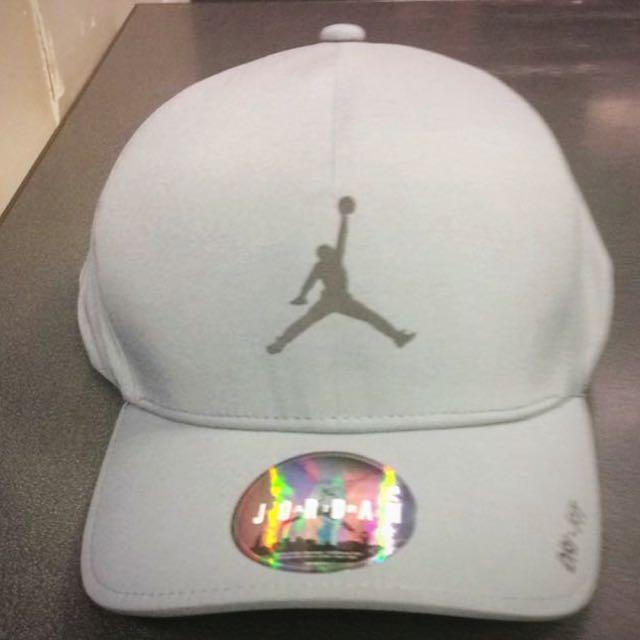Limited Edition Nike Air Jordan Cap aaaae74fa9a