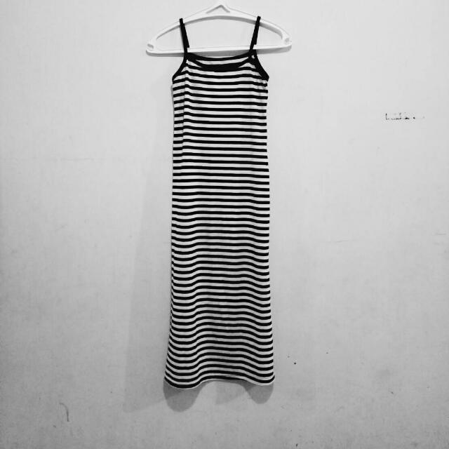 Long Dress Stripes Black N White