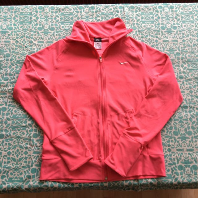 Nike dry Fit Jacket/jumper Size M