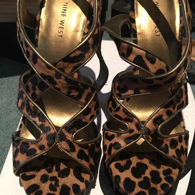 Nine West Leopard Size 8