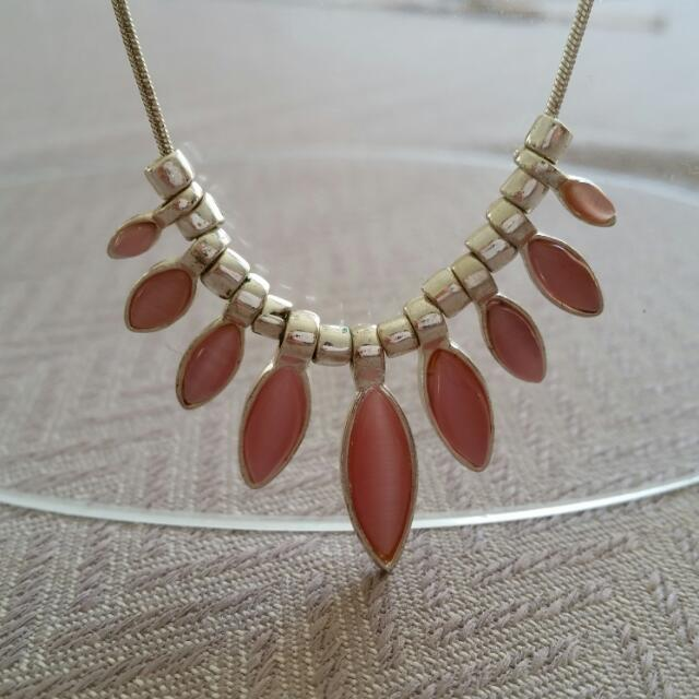 Pink Stone Silver Look Diva Necklace